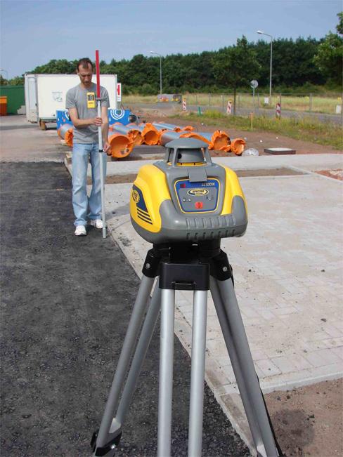 Rotačný laser Spectra Precision LL100N