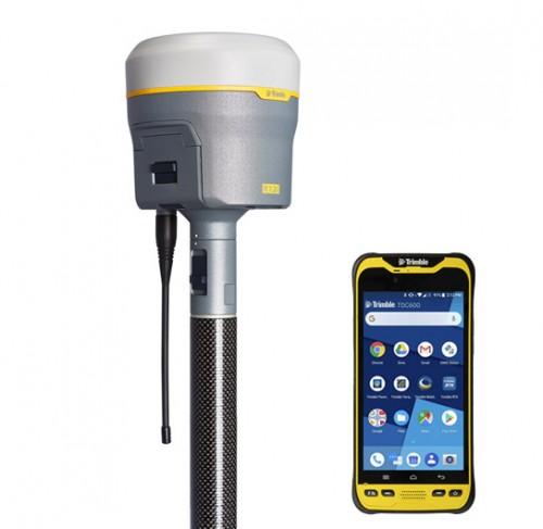 GNSS Trimble R12i s kontrolnou jednotkou TDC600